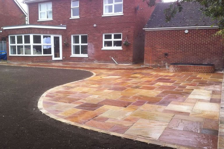 Patio design Services Cambridge, Northampton, Bedfford, Hertford, Buckinghamshire